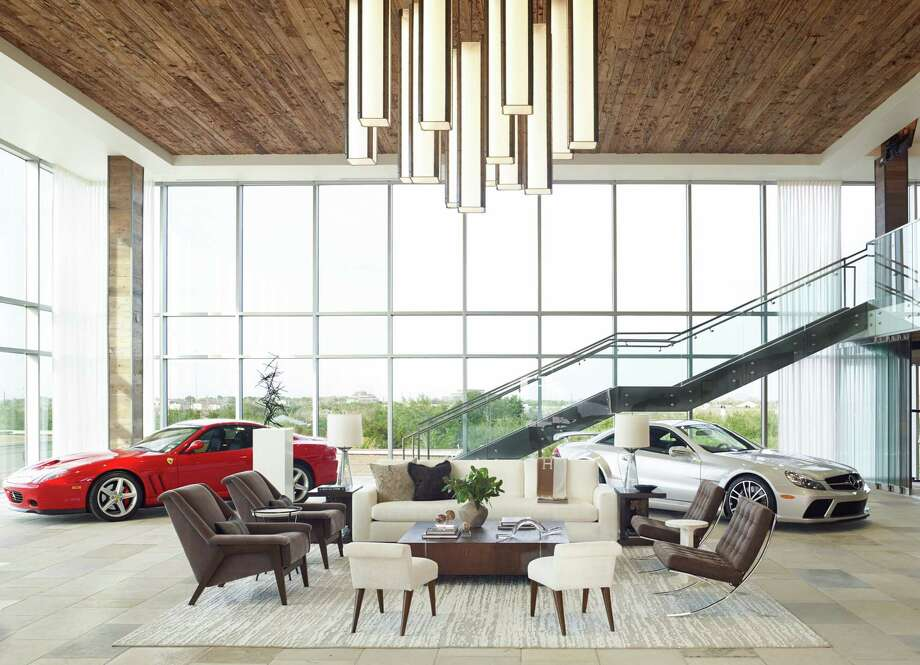 The space has several seating areas. Photo: Tria Giovan Of NYC