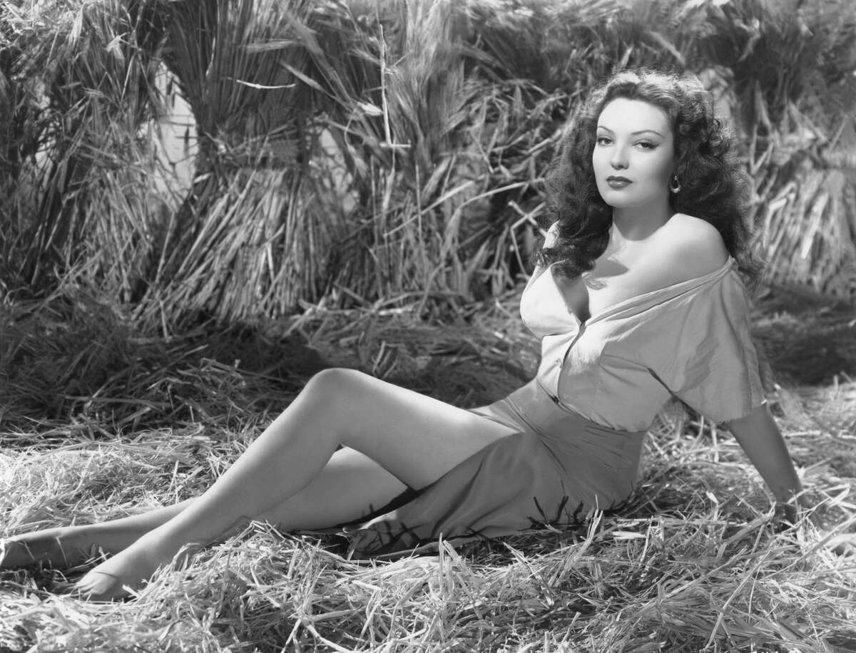 American actress Linda Darnell was going to leave her husband, Perevell Marley for Howard Hughes, but when Hughes told her he had no desire to marry her, she cancelled her divorce. Darnell starred in many films including The Mark of Zorro (1940) and Forever Amber (1947).