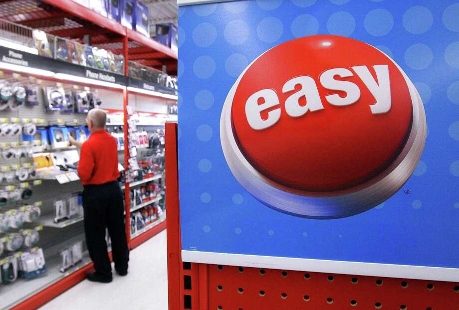 The office supplies retailer Staples is considering a sale of the company to private equity investors, according to an April 4, 2017 report in the Wall Street Journal citing unnamed sources. (AP Photo/Seth Perlman, file) Photo: Seth Perlman / AP / AP
