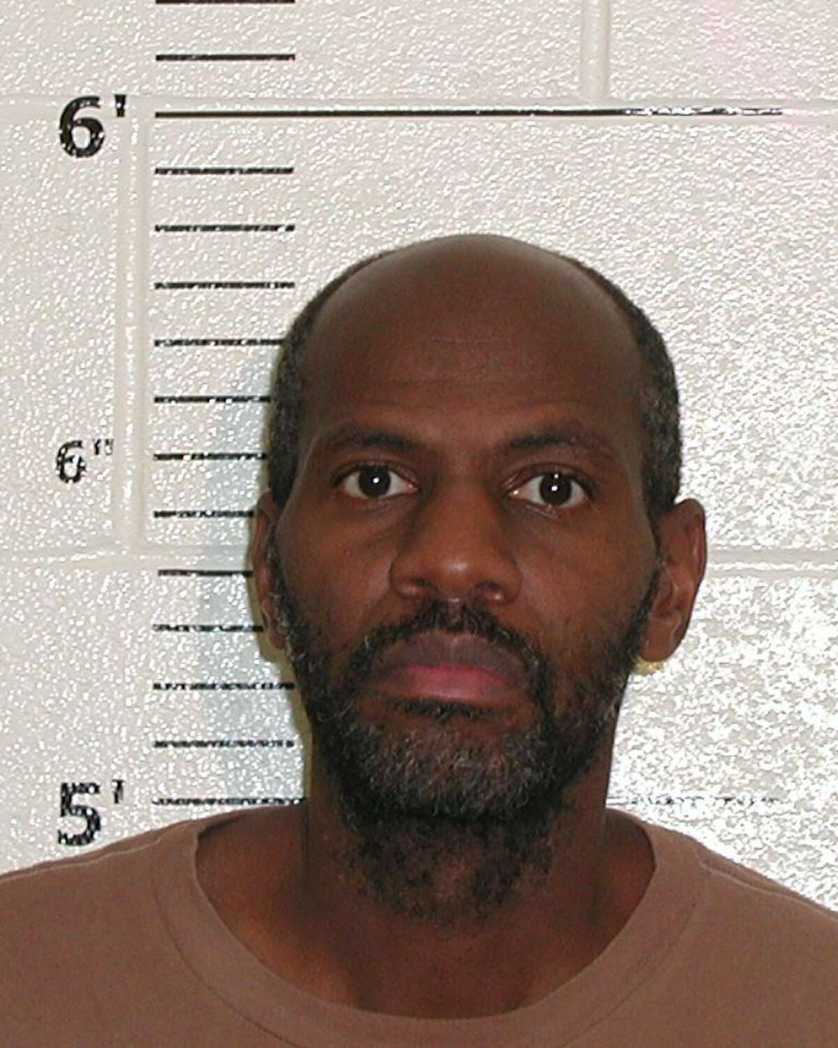 Eric Pree is wanted by the United States Marshals Service for escaping from federal prison on Jan. 28, 2017.