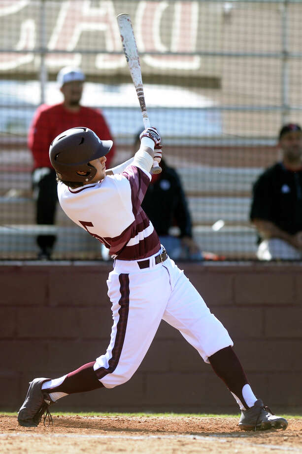 Lee's Jaime Laredo (5) bats against Amarillo Tascosa on April 4, 2017, at Ernie Johnson Field.  James Durbin/Reporter-Telegram Photo: James Durbin