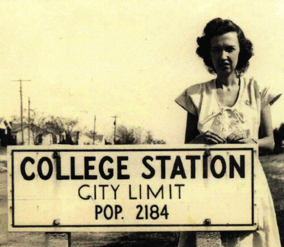 PHOTOS: Historic photos of College Station  The population sign in College Station, circa 1930. These days the population is estimated to be just over 100,000 people.  See more historic photos from College Station and Texas A&M... Photo: Project HOLD / City Of College Station