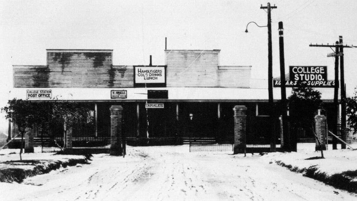 CIRCA 1920: Northgate in the 1920s.