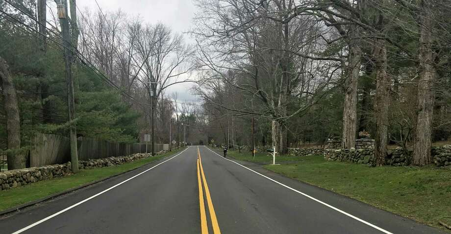 Stretching from downtown New Canaan up to the New York line, Oenoke Ridge Road was the site of a party March 25 that sent a seriously-injured teenager to the hospital. The investigation Photo: Erin Kayata / Hearst Connecticut Media / New Canaan News