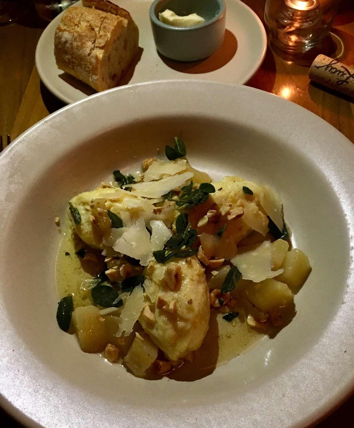 Ricotta dumplings with pea, hazelnut in brown butter ($16)