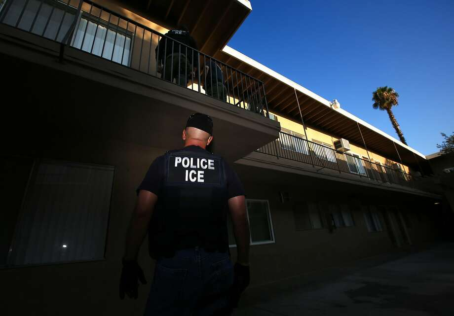 FILE - ICE Enforcement and Removal Operations unit raid to apprehend immigrants without any legal status and who may be deportable in Riverside.  Photo: Irfan Khan / Los Angeles Times 2017