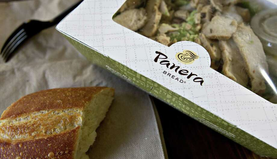 A Panera Bread salad is arranged for a photograph in Tiskilwa, Illinois, on Oct. 22, 2015. MUST CREDIT: Bloomberg photo by Daniel Acker. Photo: Daniel Acker / © 2015 Bloomberg Finance LP
