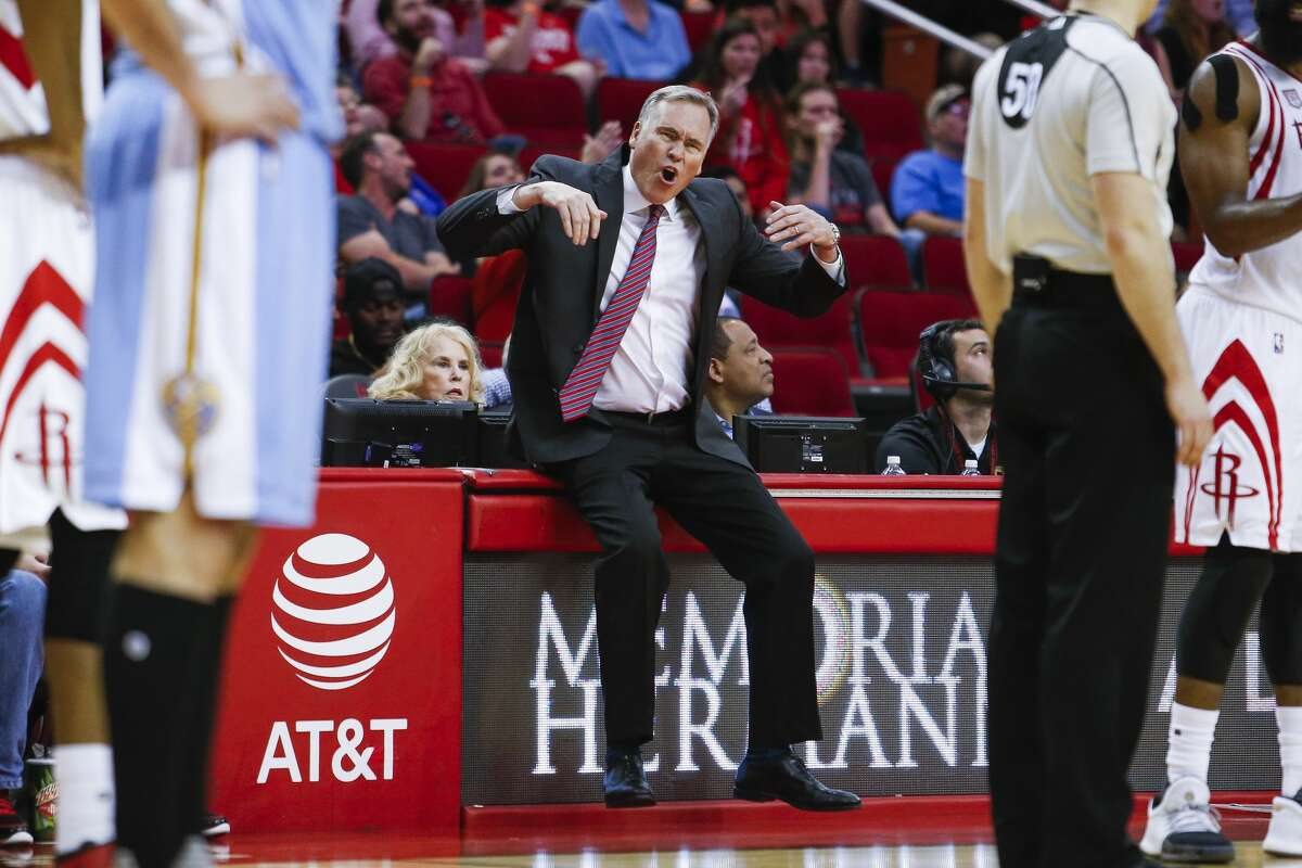 Houston Rockets head coach Mike D'Antoni protests a foul called against Houston Rockets forward Trevor Ariza (1) as the Houston Rockets beat the Denver Nuggets 110-104 at the Toyota Center Wednesday, April 5, 2017 in Houston. ( Michael Ciaglo / Houston Chronicle)