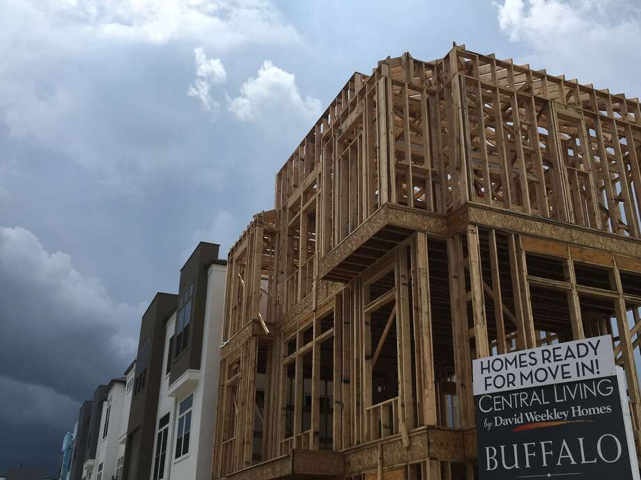 Central Living urban style houses are being built by David Weekley Homes in Buffalo Manor near Reliant Park in 2016. Photo: Katherine Feser, Houston Chronicle