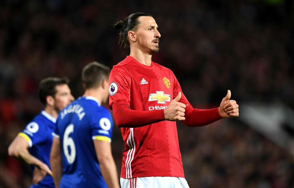 MANCHESTER, ENGLAND - APRIL 04: Zlatan Ibrahimovic of anchester United reacts during the Premier League match between Manchester United and Everton at Old Trafford on April 4, 2017 in Manchester, England. (Photo by Shaun Botterill/Getty Images)