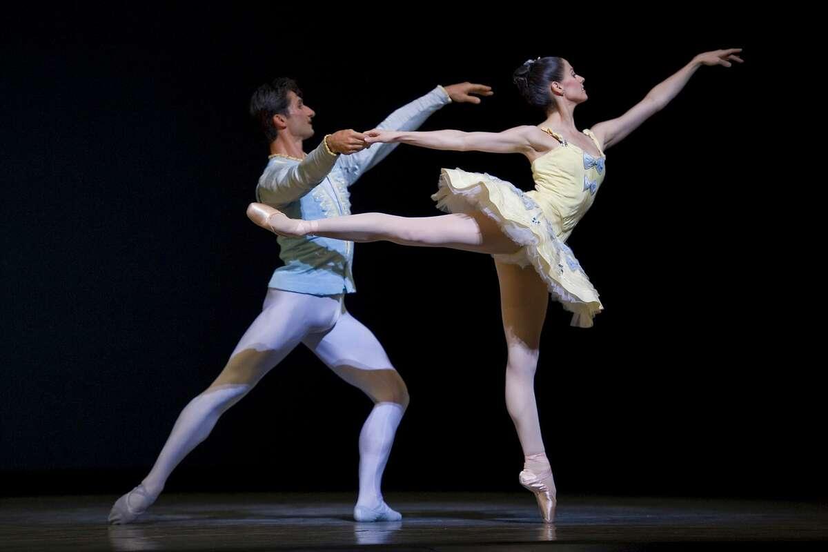 Vanessa Zahorian and Davit Karapetyan in Balanchine's Divertimento No.15.