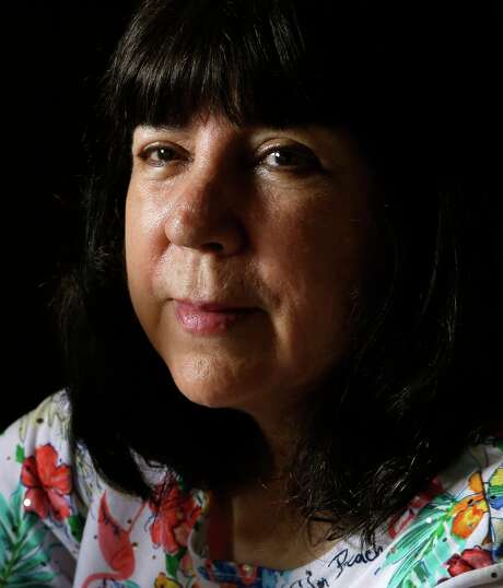 """""""As her oldest daughter,"""" Cris Chapa says of her mother, Manuela, """"it was my job to protect her, and they took        that away from me."""" Photo: Melissa Phillip, Houston Chronicle / © 2017 Houston Chronicle"""