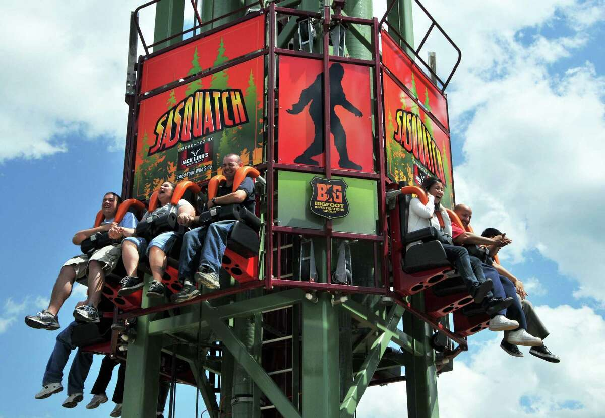 Geat Escape employees get to test out the park's newest attraction,