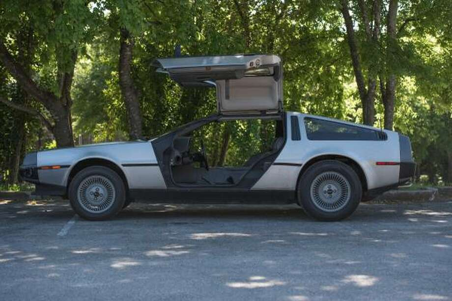 San Antonio Man Selling Delorean On Craigslist Flux Capacitor