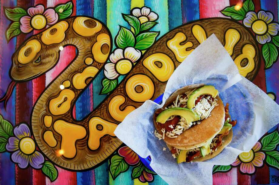 Tacos from Tacodeli, the Austin-based taco shop that's opening its first Houston store at 1902 Washington on April 11. Photo: Michael Ciaglo, Houston Chronicle / Michael Ciaglo