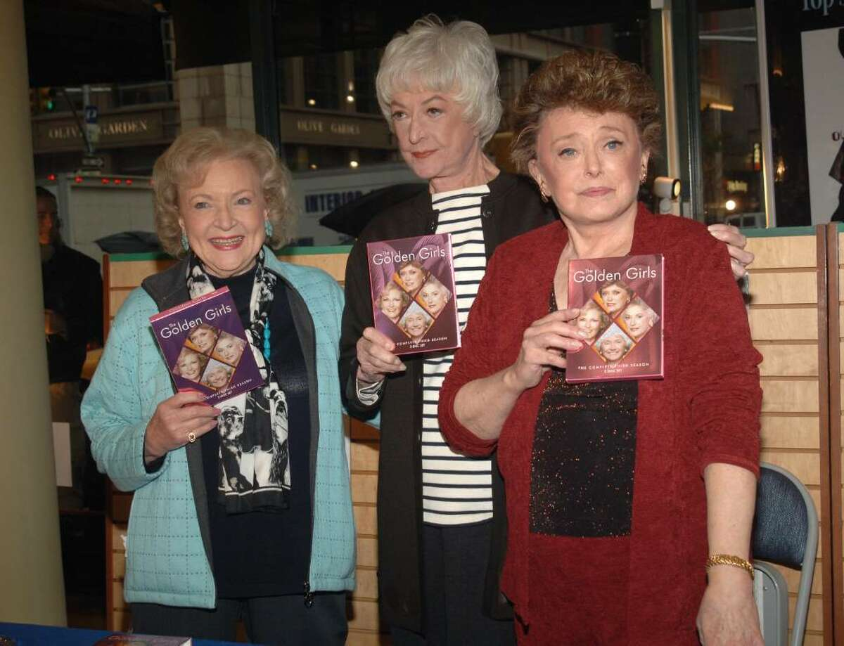 NEW YORK - NOVEMBER 22: (L-R) Actress Betty White, Bea Arthur and Rue McClanahan sign copies of