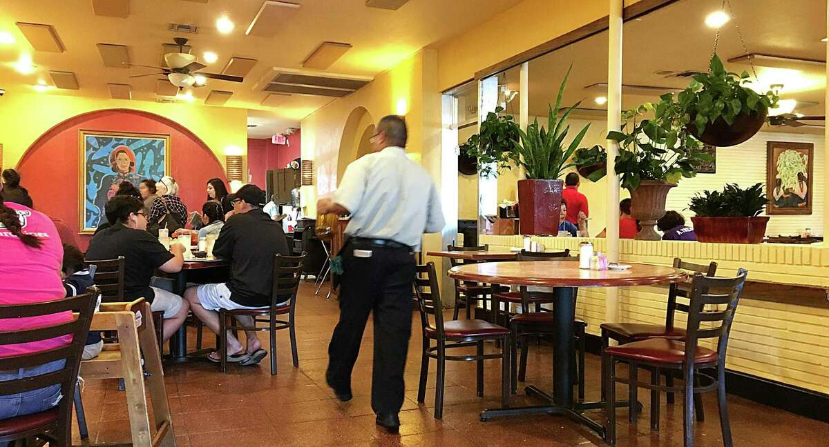 The dining room at Los Barrios Mexican Restaurant on Blanco Road in San Antonio. For the 365 Days of Tacos series.
