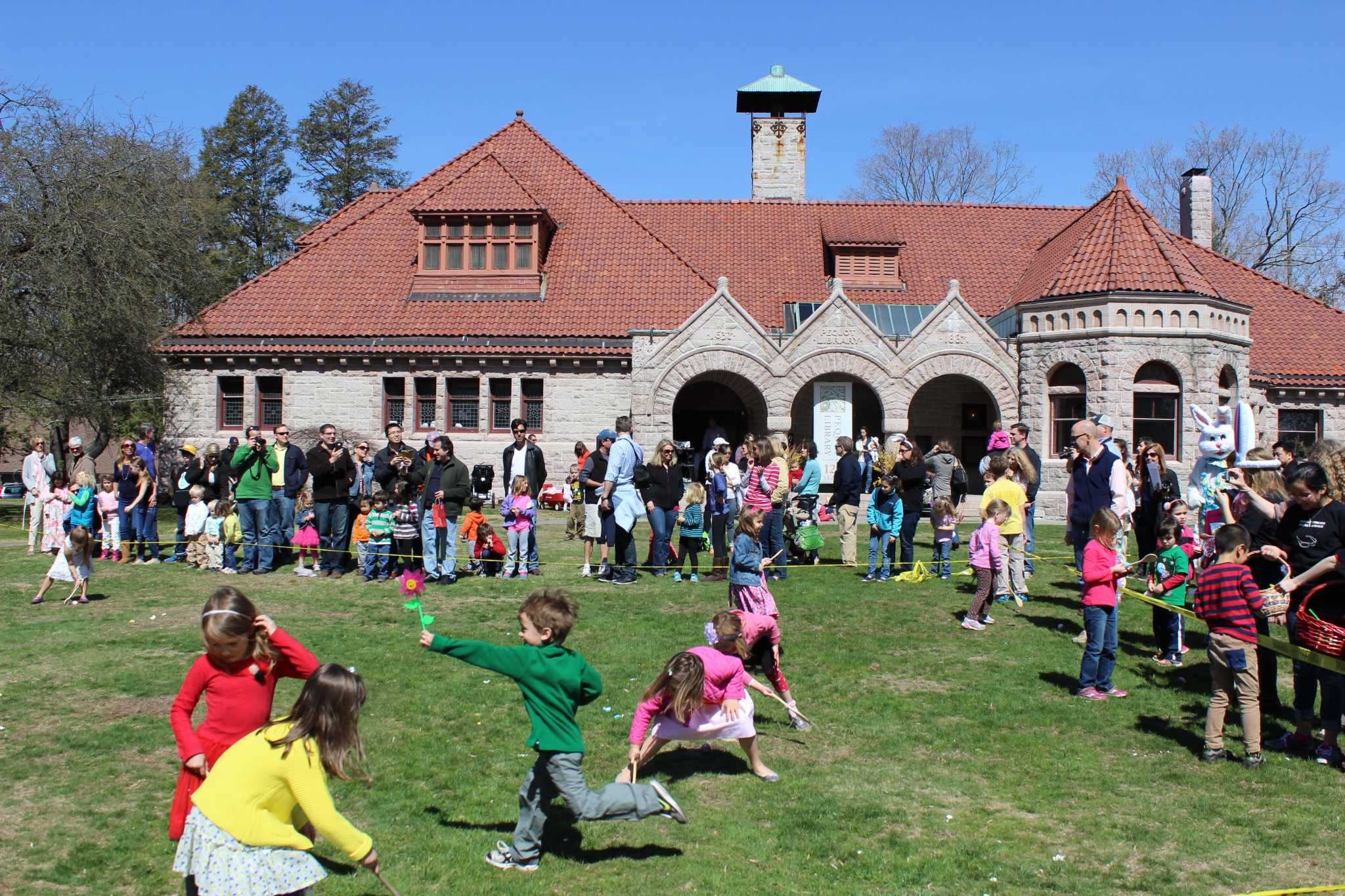 rooz Easter, Spring celebrated with family events image