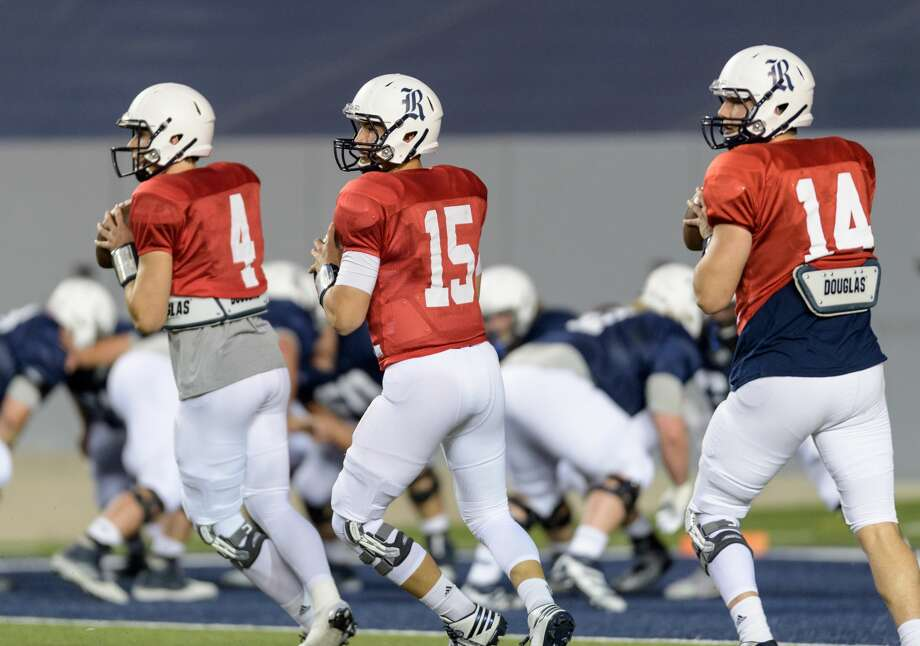 Sam Glaesmann (14), J.T. Granato (15), and Jackson Tyner (14) of the Rice Owls warming up prior to the Rice Owls Spring Football game on Friday, April 7, 2017 at Rice Stadium in Houston Texas. Photo: Wilf Thorne/For The Chronicle