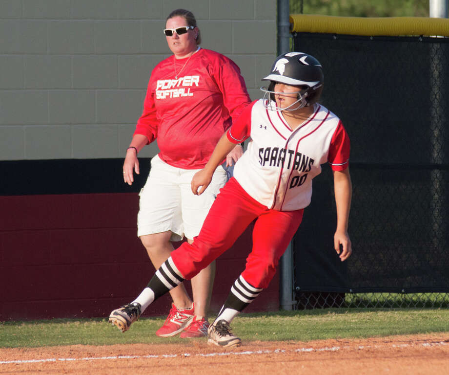 Porter's Peyton Vazquez rounds third base during the first inning against Caney Creek on Friday at Caney Creek High School. Photo: Keith MacPherson