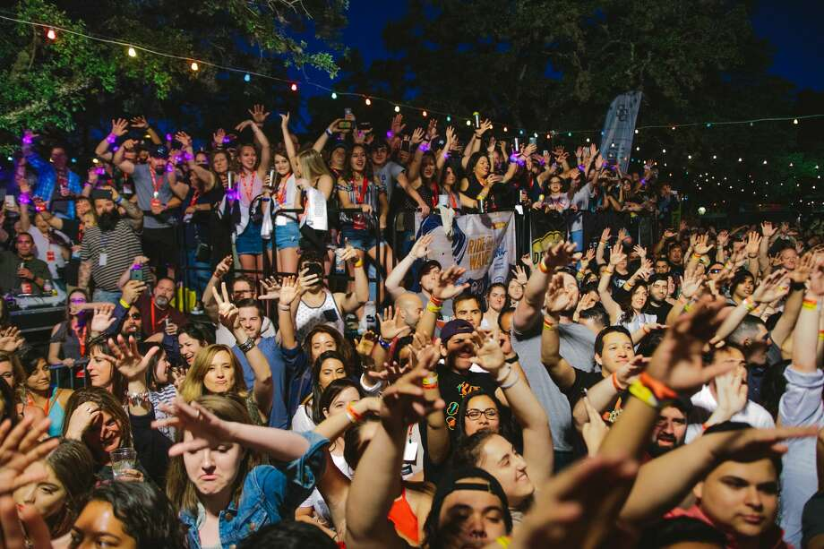 The 5th Annual Maverick Music Festival exploded Friday night, April 7, 2017, downtown for its first night of rock and punk to packed audiences. Photo: By Christian Ibarra, For MySA