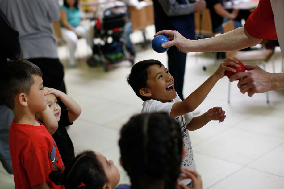 FILE PHOTO: Children are entetained by a juggler during the annual Bunny Breakfast hosted by the Midland Northside Lions Club on April 8, 2017, at Midland Park Mall. James Durbin/Reporter-Telegram Photo: James Durbin