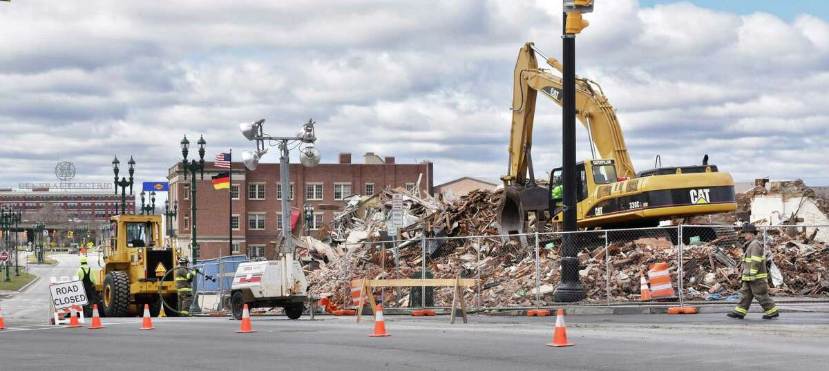 Over-night emergency demolition of the historic Nicholaus building wraps up at the corner of State St. and Erie Bld. Saturday April 8, 2017 in Schenectady, NY. (John Carl D'Annibale / Times Union)