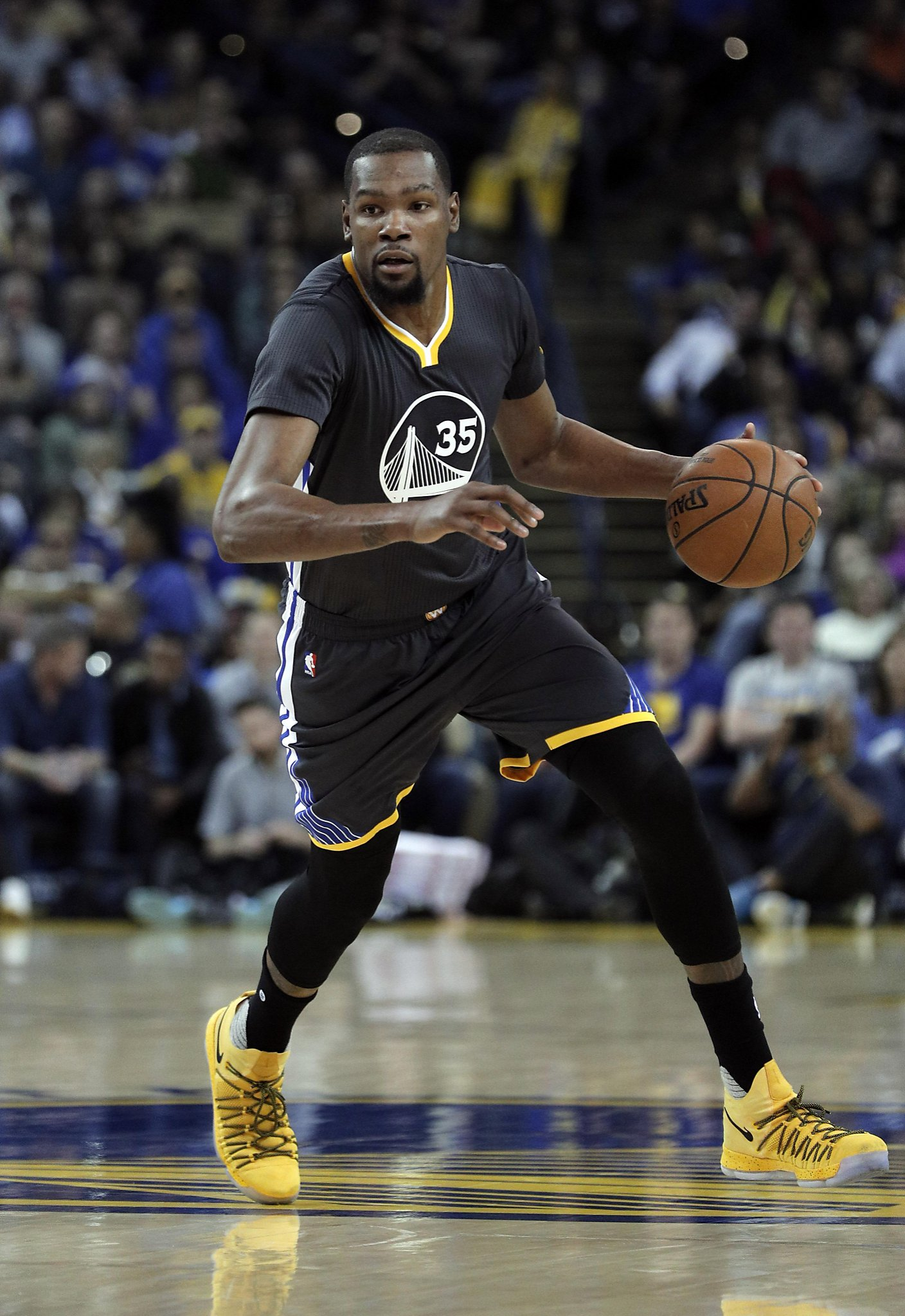 9fd090a8d351 Warriors cruise to rout of Pelicans in Kevin Durant s return - SFGate