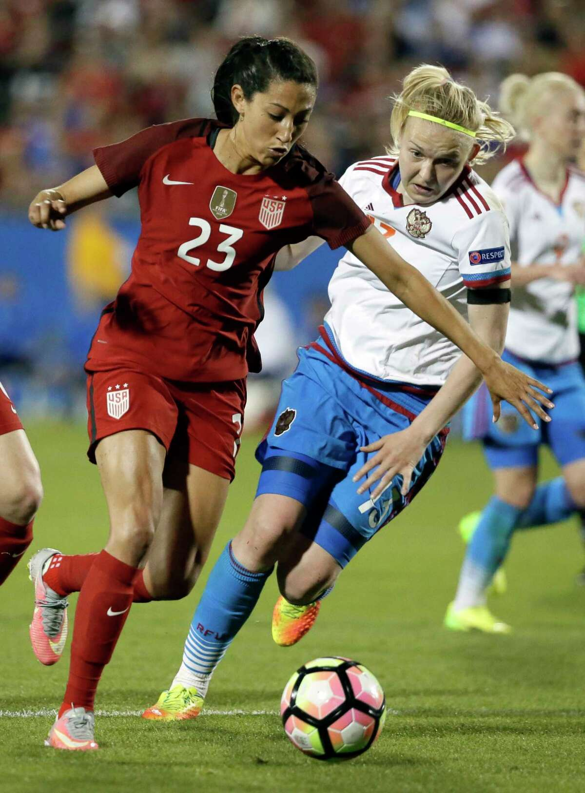 The Dash acquired U.S. national team midfielder Christen Press in a trade with the Chicago Red Stars during Thursday's NWSL Draft.