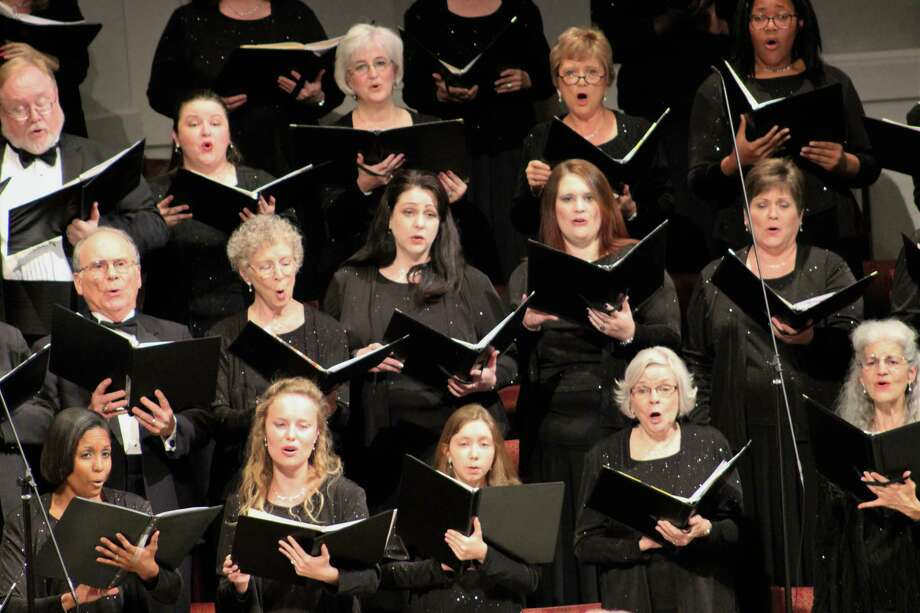 """The Houston Choral Society culminates its 30th season with """"Music Fit for a King"""" concert on Saturday, May 6 at 7:30 p.m. at The Foundry United Methodist Church. Photo: Gabi Bourn HCS"""
