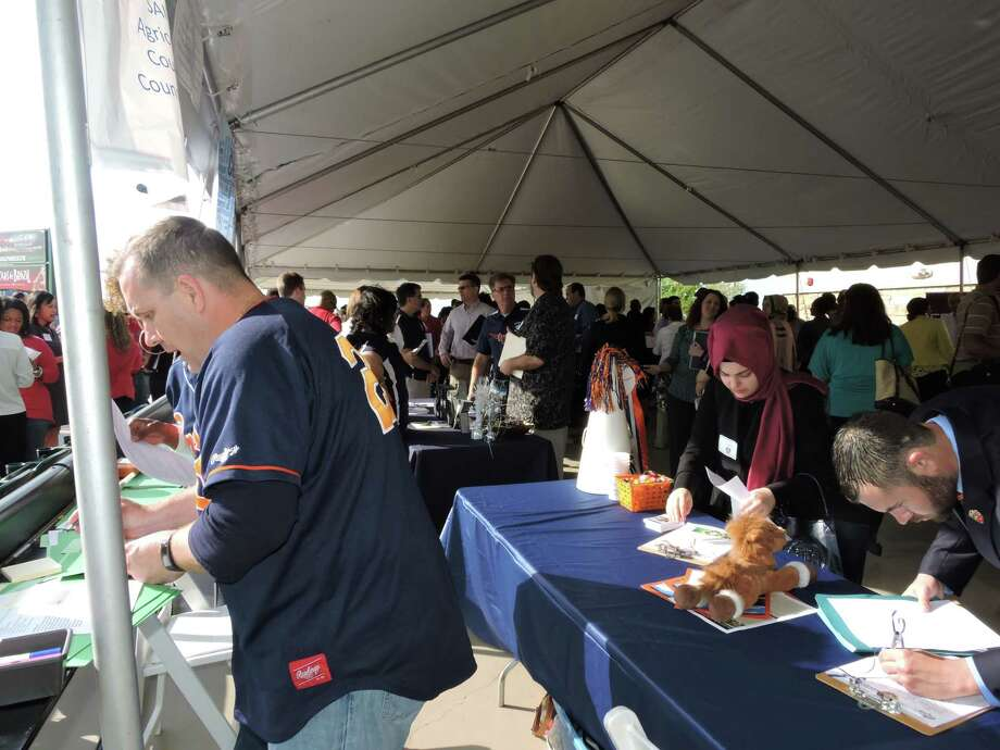 Fort Bend ISD hosts fourth annual job fair - Houston Chronicle