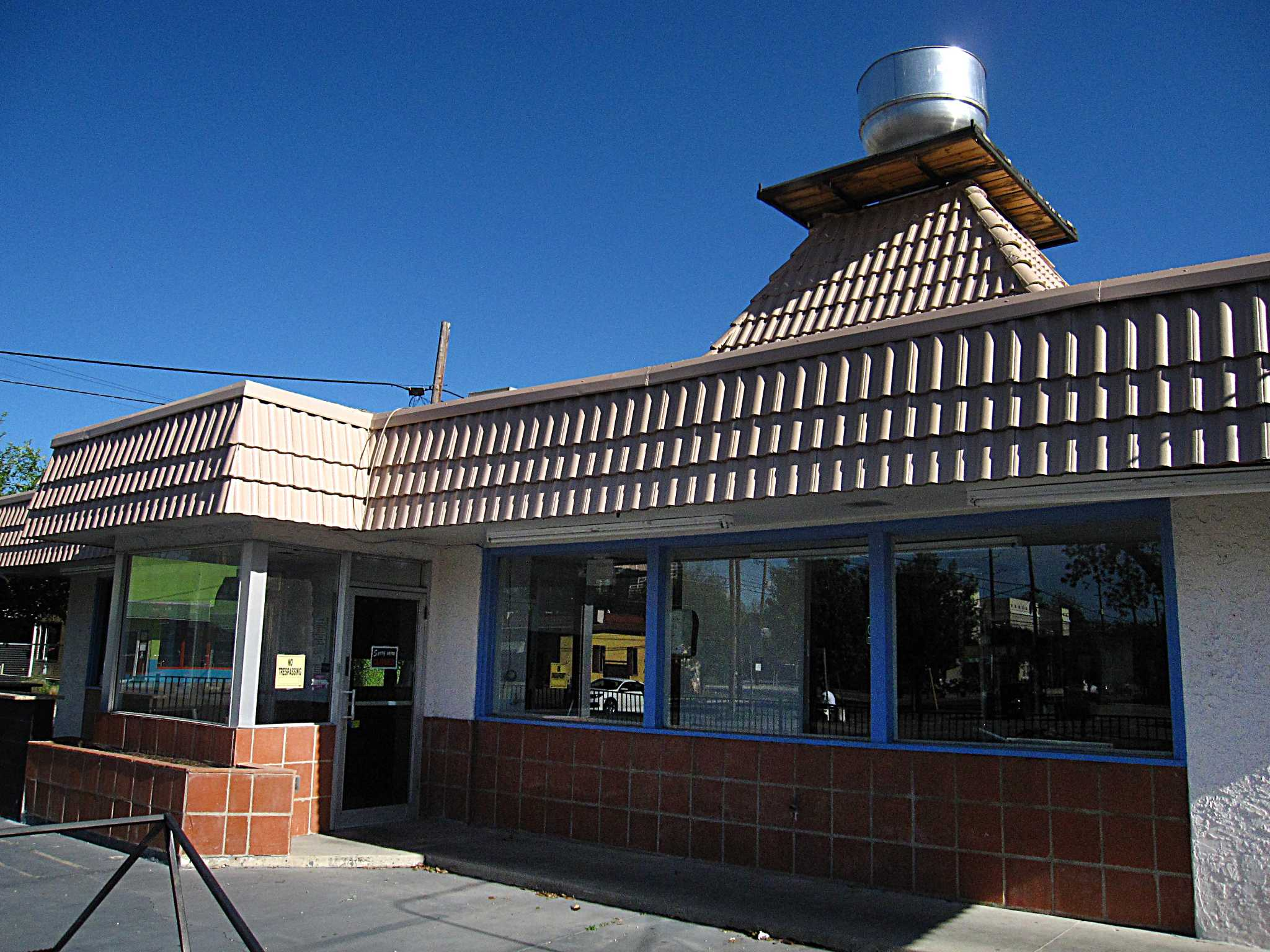Southtown Pig Stand To Be Home Of New Burger Joint In May