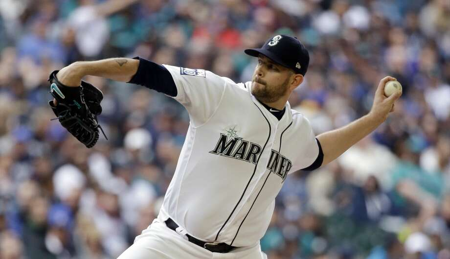 James Paxton is this week's ALP Player of the Week and had one of the best streaks beginning a season – click through the slideshow tosee the best scoreless streaks by starting pitchers to begin a season since 1991. Photo: Elaine Thompson/AP