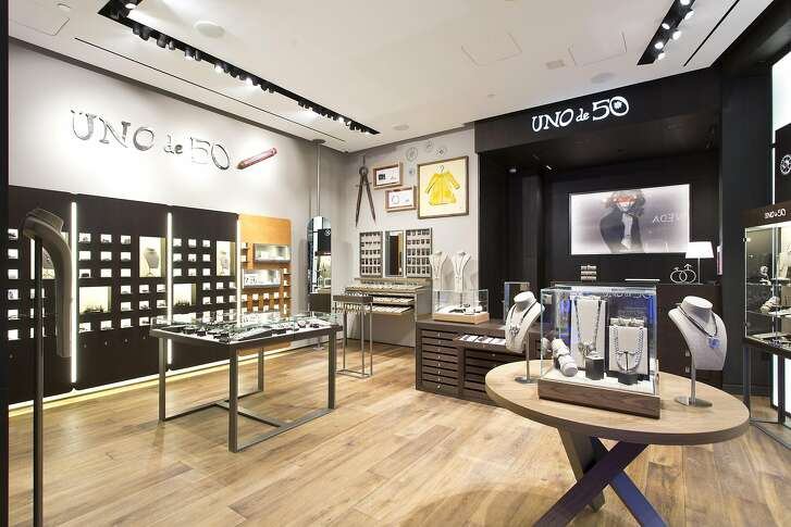 Spanish jewelry retailer Uno de 50 opened recently at the Westfield Center in San Francisco.