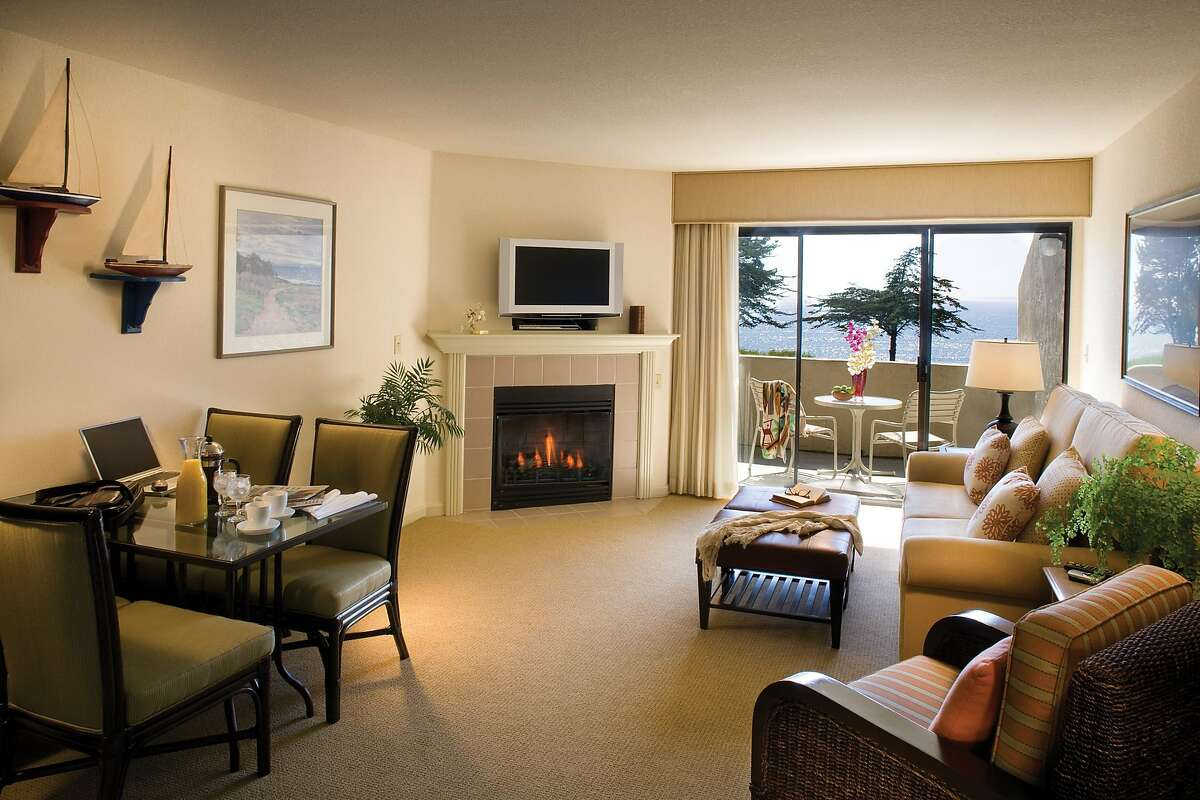 All units at Seascape Beach Resort in Aptos feature gas fireplaces and many have ocean views.