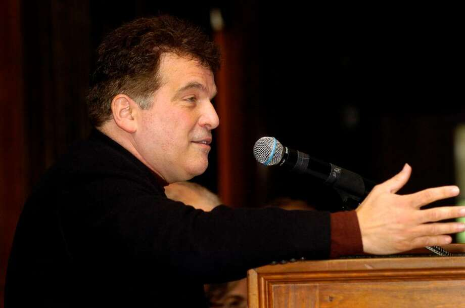Author Lou Aronica speaks at the Book and Author luncheon co-sponsored by the Friends of the Ferguson Library and The Advocate at the Italian center in Stamford, Conn. on Thursday June 3, 2010. Photo: Dru Nadler / Stamford Advocate