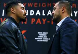 Andre Ward and Sergey Kovalev meet face-to-face in a traditional stare-down at a press conference in Oakland, Calif. on Tuesday, April 11, 2017 to promote a rematch for the light heavyweight boxing championship bout in Las Vegas on June 17.