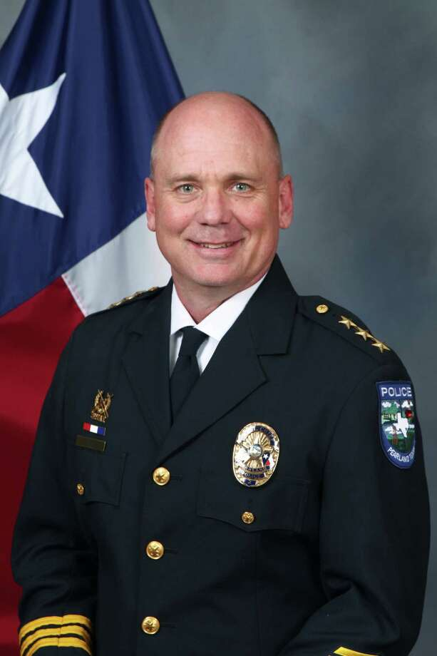 Pearland Assistant Police Chief Johnny Spires will take over as the city's police chief.