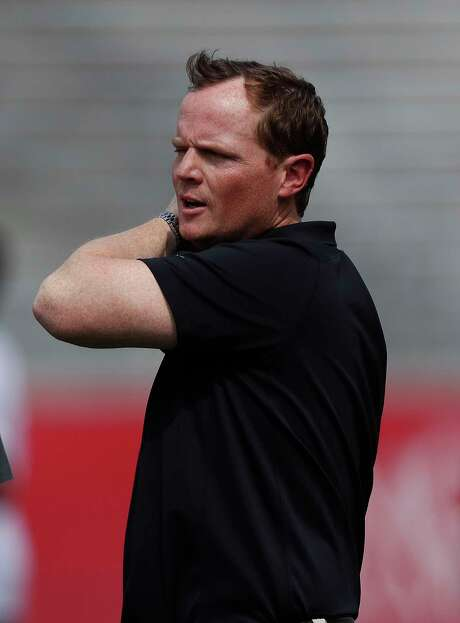 When new UH coach Major Applewhite surveys the practice field this spring, he sees only 44 available players. Photo: Karen Warren, Staff Photographer / 2017 Houston Chronicle