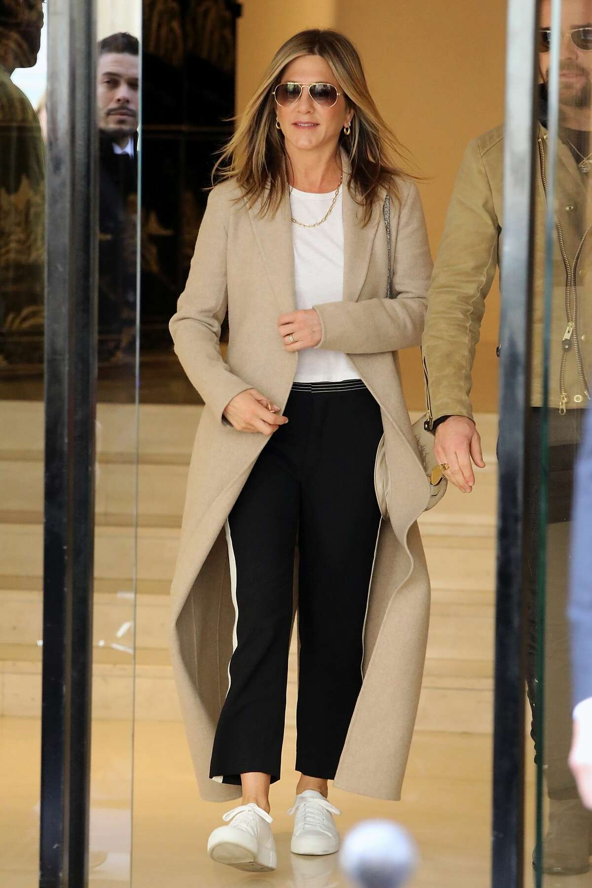 If shopping is your exercise, then dress like Jennifer Aniston.