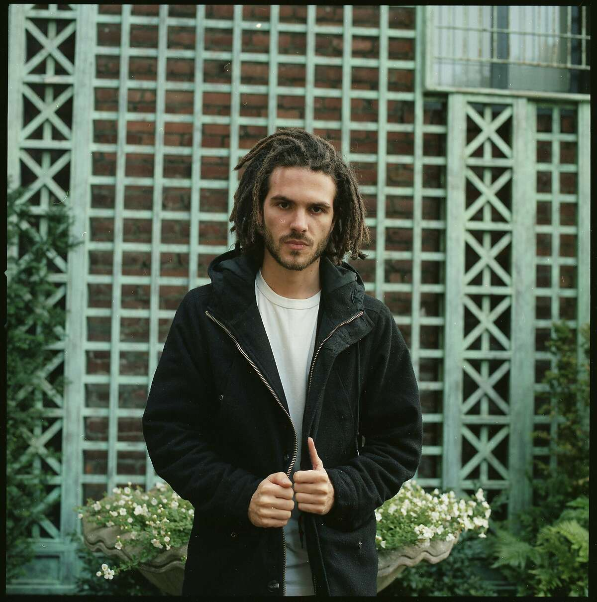 Vincent Fenton, known under the pseudonym FKJ (French Kiwi Juice), will perform at The Warfield in San Francisco on April 14, 2017 in advance of his Coachella debut.