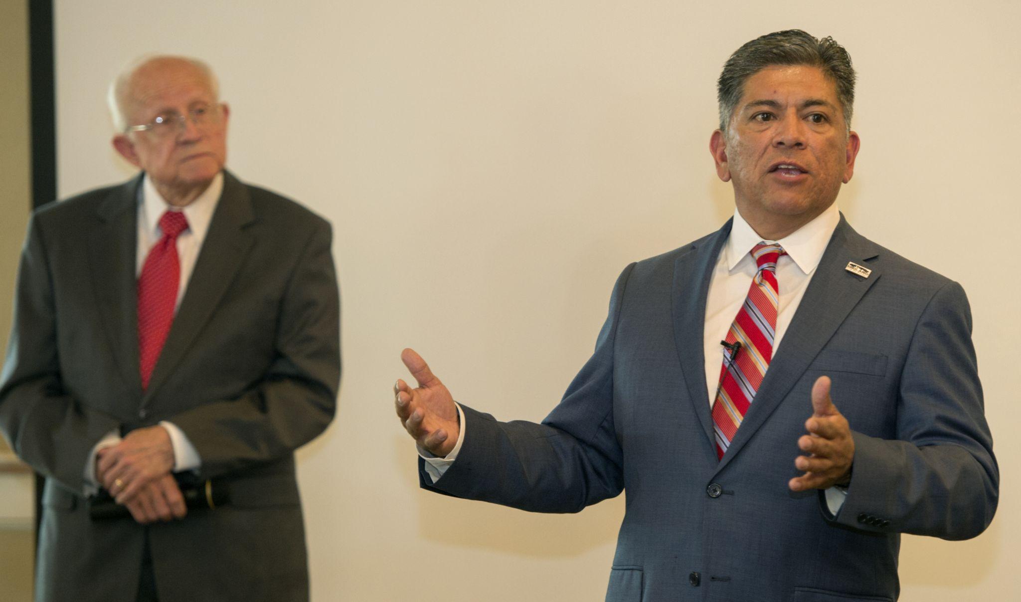 San Antonio killer claiming racism sues parole board after