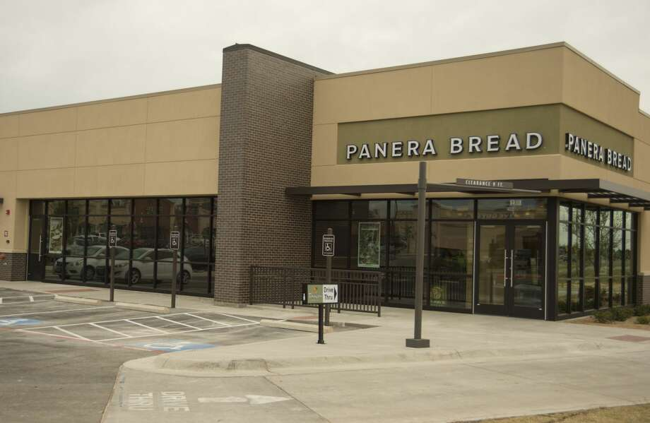 Panera Bread puts the finishing touches on the new restaurant off Loop 250 04-12-17. Tim Fischer/Reporter-Telegram Photo: Tim Fischer/Midland Reporter-Telegram
