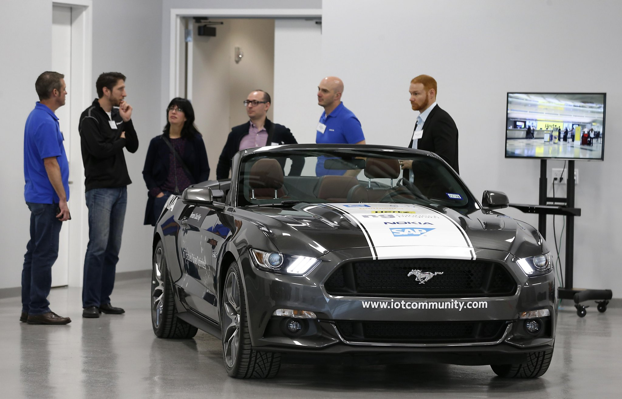 Continental 145 year old auto firm opens San Jose lab SFGate