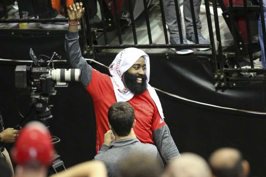 James Harden waves at fans after the Rockets defeated Minnesota Timberwolves at Toyota Center Wednesday, April 12, 2017, in Houston. ( Yi-Chin Lee / Houston Chronicle ) Photo: Yi-Chin Lee/Houston Chronicle