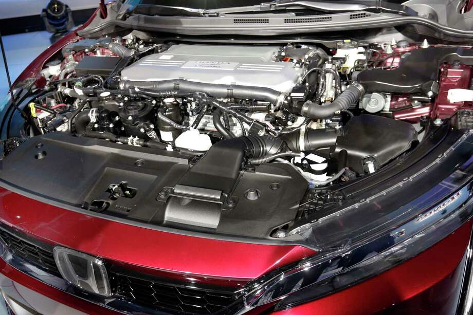 The fuel cell engine of the Honda Clarity is shown during a media preview at the New York International Auto Show, at the Jacob Javits Center in New York, Wednesday, April 12, 2017. Photo: Richard Drew, AP / AP