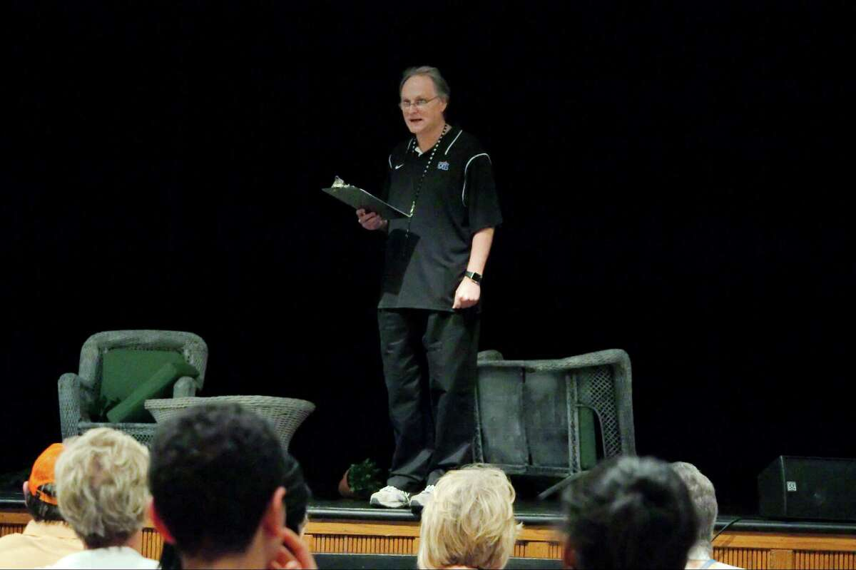 San Jacinto College theater/film department head. Jerry Ivins introduces a University Interscholastic League one-act play competition at San Jacinto College.