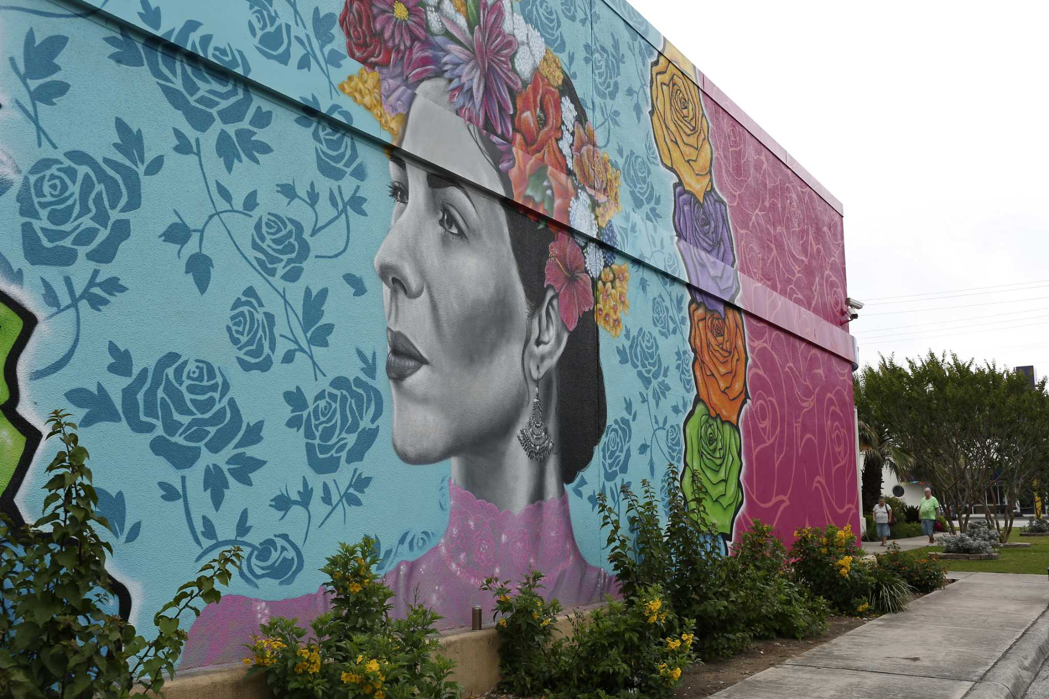 Your favorite Fiesta photo could become the Alamo City's newest mural | My San Antonio