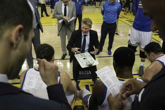 In addition to having a better grasp of the job the third time around, head coach Steve Kerr has adapted well to a changed cast of players this season.
