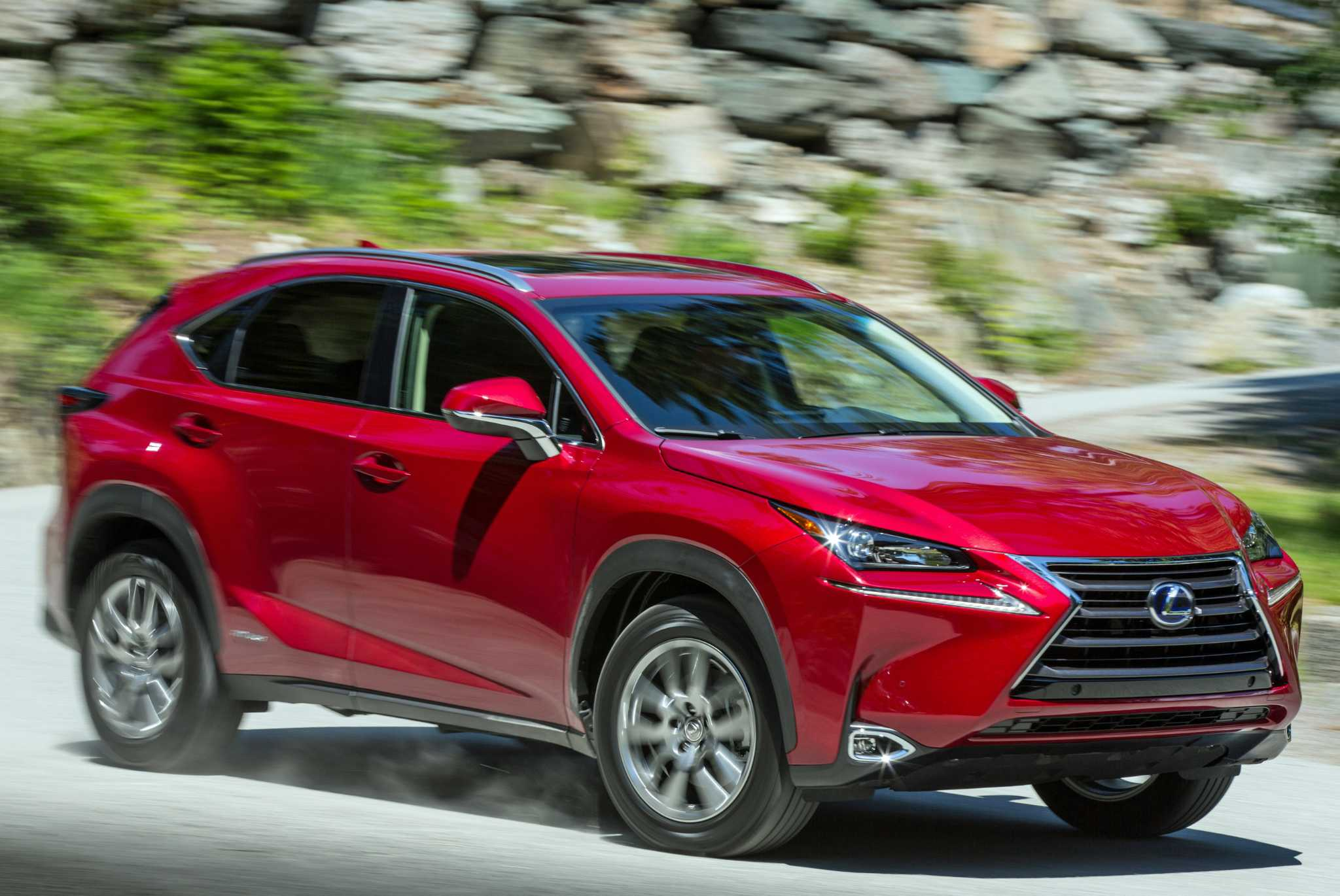 Lexus NX 300h compact hybrid crossover starts at $39,720